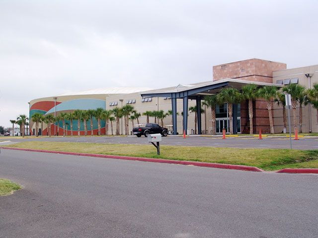 Things To Do In Eagle Pass Tour Texas - Lucky eagle casino car show