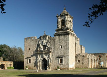 Built in 1782, Mission San Jose in San Antonio is a fine example of Spanish Colonial-style architecture.
