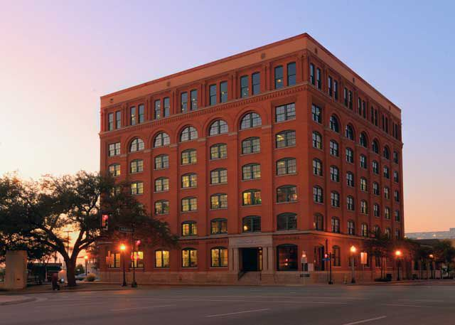 Sixth Floor Museum At Dealey Plaza Hours And Admission Prices