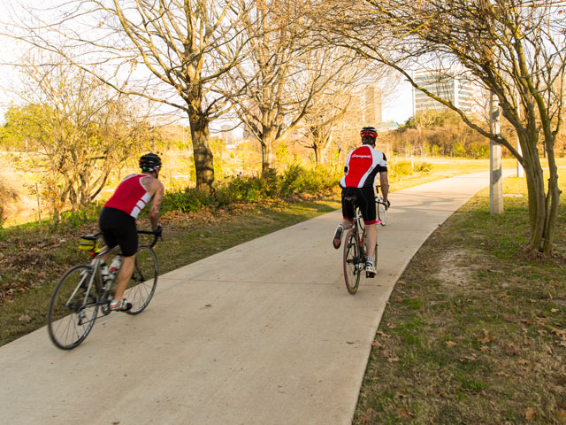 Take in gorgeous views of downtown Houston as you bike on the trails along Buffalo Bayou.