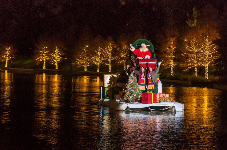 7 Reasons The Woodlands is the Place to be this Holiday