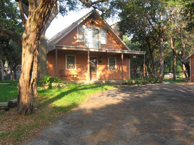 cabins hotels and resorts near lake whitney tour texas