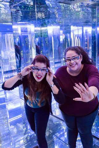 Amazing Mirror Maze In San Antonio Tour Texas