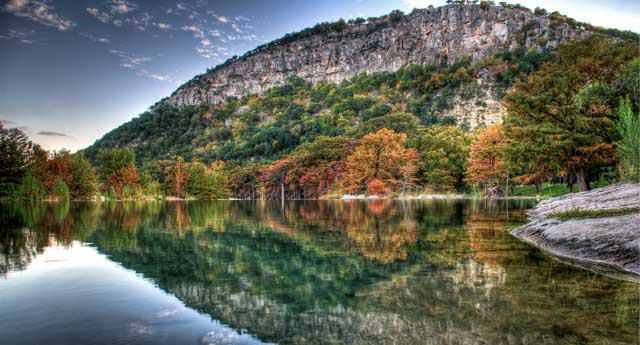7 Amazing Places To See Beautiful Fall Colors In Texas
